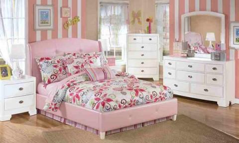 5 mẫu giường ngủ ngọt ngào cho cô nàng yêu màu hồng