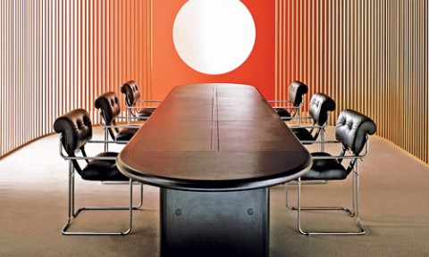 Bàn Oval – Lựa chọn hoàn hảo cho phòng họp