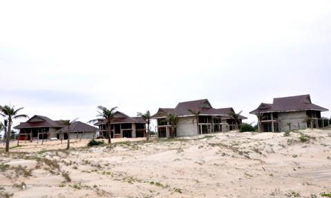 Những dự án bất thành: Dân khổ vì… treo