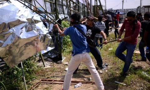 Sợ chung cư thành 'quận TQ', hơn 100 người dân Malaysia biểu tình
