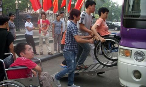 Chung cư phải có ít nhất 2% chỗ đỗ xe cho người khuyết tật