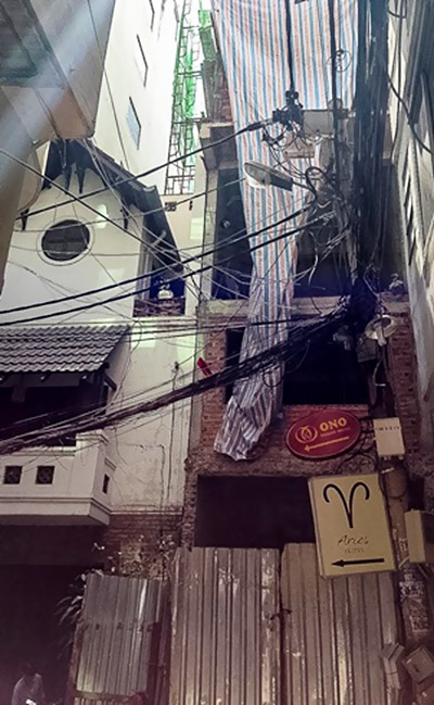 Công trình nhà 31 Nguyễn Trãi được che chắn rất sơ sài