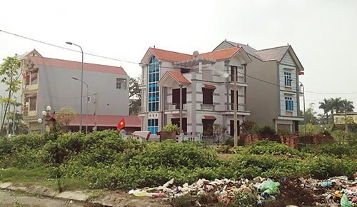 Những lô đất khu tái định cư tại Vĩnh Ngọc (Đông Anh) đã tăng khoảng 4 - 5 triệu đồng/m2 so với thời điểm trước khi thông xe cầu Nhật Tân. Ảnh: Nguyên Minh