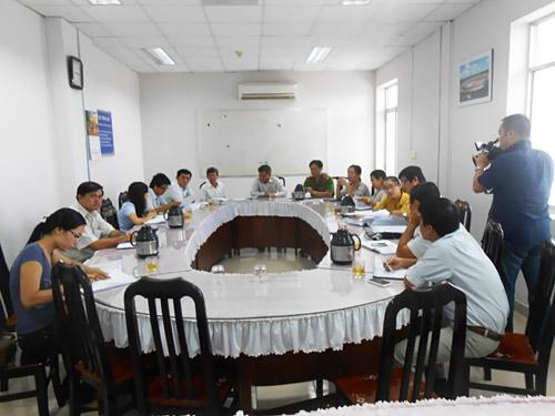 Họp giải quyết bồi thường giải phóng mặt bằng cho Cty Vĩnh Phát tại UBND  thị xã Dĩ An, tỉnh Bình Dương