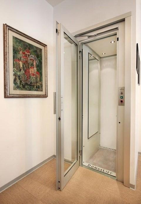 Thang máy gia đình Domuslift với thiết kế kiến trúc linh hoạt