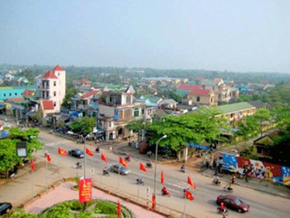 Thị trấn Thường Tín là trung tâm kinh tế thương mại, dịch vụ, công cộng, hỗ trợ sản xuất và đầu mối hạ tầng kỹ thuật cho vùng nông thôn huyện Thường Tín.