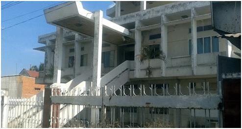Bệnh viện Lao và bệnh phổi tỉnh Tiền Giang (cũ) nằm mặt tiền bị bỏ phế