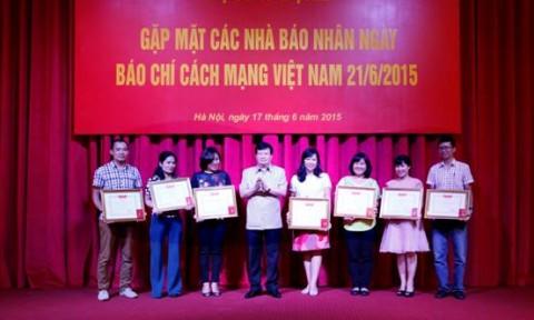Bộ Xây dựng gặp gỡ báo chí nhân dịp kỷ niệm 90 năm ngày Báo chí Cách mạng Việt Nam