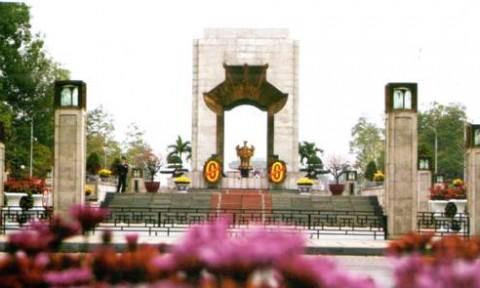 Chuyện ít biết về Đài tưởng niệm Bắc Sơn