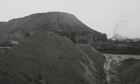 Xử lý tro xỉ thải trong các nhà máy nhiệt điện: Cần nhiều mô hình tốt