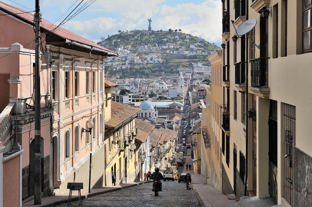 Quito, Ecuador (nguồn: wikimedia.org)