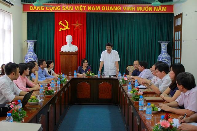 Thứ trưởng Phan Thị Mỹ Linh làm việc với lãnh đạo Sở Xây dựng Hải Dương