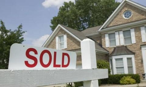 Doanh số bán nhà giảm nhẹ tại Canada