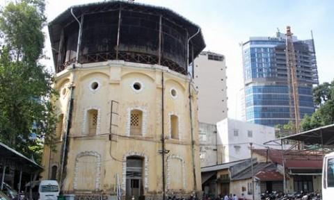 Tháp nước đồ sộ, cổ nhất Sài Gòn