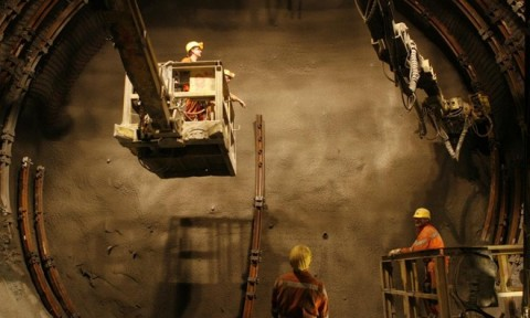 Quá trình xây dựng đường hầm xe lửa dài nhất thế giới