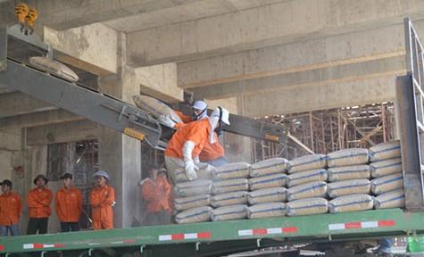Xuất khẩu xi măng, clinker đạt hơn 410 triệu USD sau 7 tháng