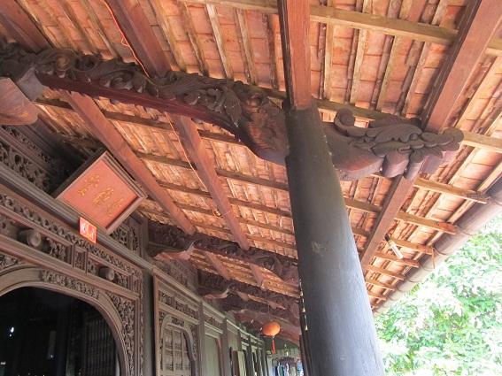 Chi tiết trang trí với nhiều giá trị đặc trưng trên kết cấu gỗ truyền thống nhà cổ