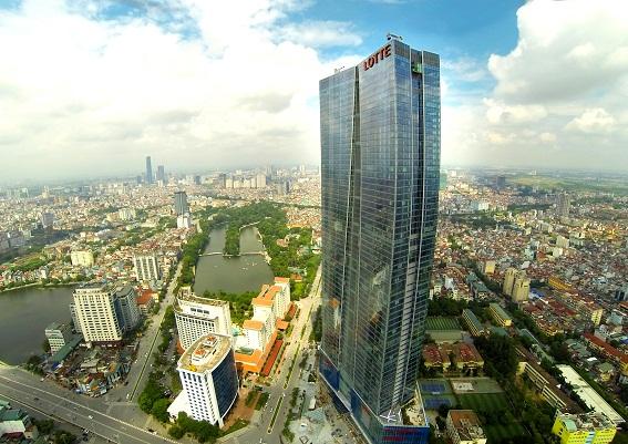Nhà cao tầng tại trung tâm thành phố Hà Nội.
