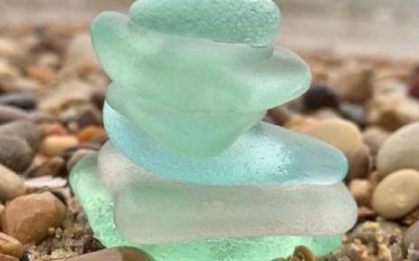Có thể tạo ra thủy tinh có cấu trúc phân tử có quy tắc
