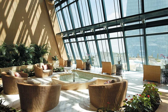 fairmont baku 9 Ngắm nhìn tháp chung cư Ngọn lửa Baku Flame Towers