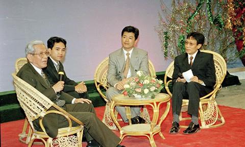 Tang lễ nhà báo Hữu Thọ được tổ chức theo nghi thức lễ tang cấp cao