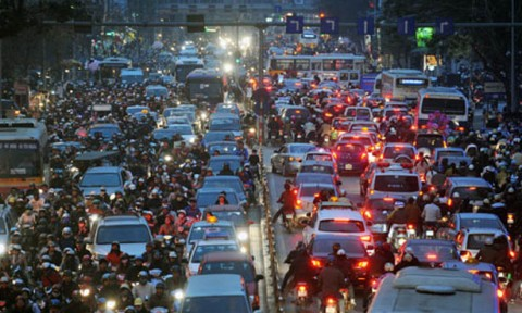 Nguồn lực và định hướng phát triển của Hà Nội: Thách thức dân số và vấn đề quy hoạch
