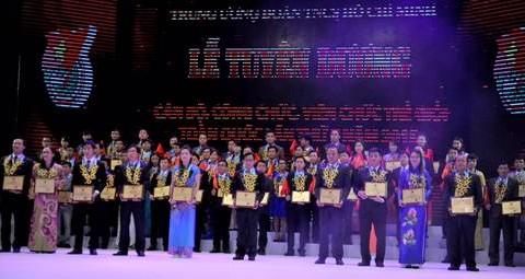 Vinh danh 70 công chức, viên chức trẻ tiêu biểu
