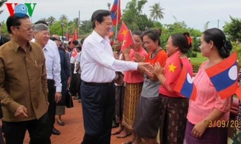 Thủ tướng dự lễ khởi công dự án đầu tư lớn nhất của Việt Nam tại Lào
