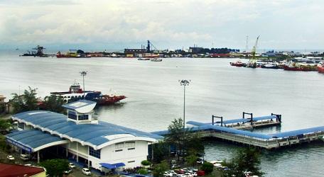 Công trình Labuan Jetty xây dựng trên biển tại Malaysia sử dụng sản phẩmClean COLORBOND® - ULTRAZ200 hơn 10 năm.