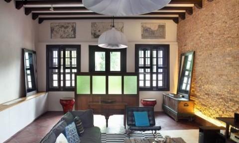 Ngôi nhà cổ với nội thất hiện đại