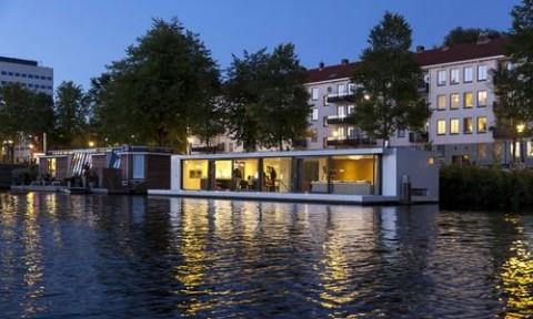 Độc đáo khu biệt thự nổi trên mặt nước tại Hà Lan