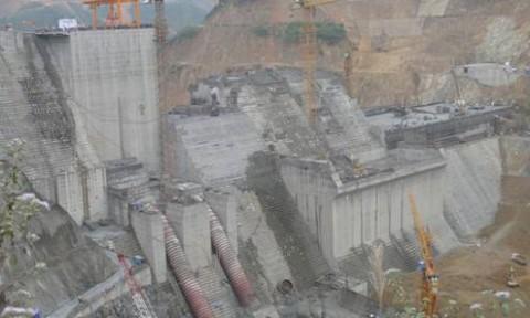 Bộ Xây dựng yêu cầu báo cáo tình hình sử dụng tro, xỉ, thạch cao làm nguyên liệu sản xuất VLXD