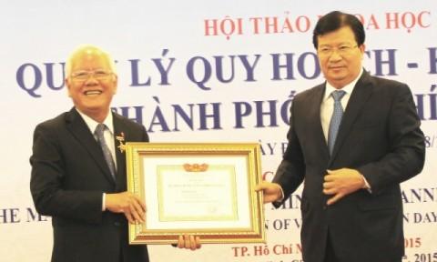 """Bộ trưởng Trịnh Đình Dũng dự Hội thảo """"Quản lý Quy hoạch – kiến trúc TPHCM"""""""