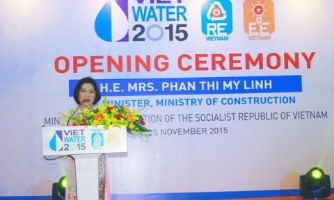 Thứ trưởng Phan Thị Mỹ Linh dự khai mạc Triển lãm VIETWATER 2015