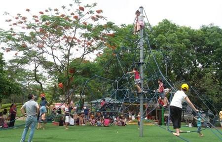 Hà Nội sẽ xây hơn 100 sân chơi công cộng