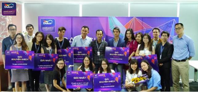 """Lễ trao giải """"Cuộc thi thiết kế nội thất sắc màu Ambiance 2015"""" tại văn phòng AkzoNobel Việt Nam"""