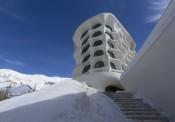 """Kiến trúc """"tổ ong tuyết"""" Barin Ski độc đáo"""