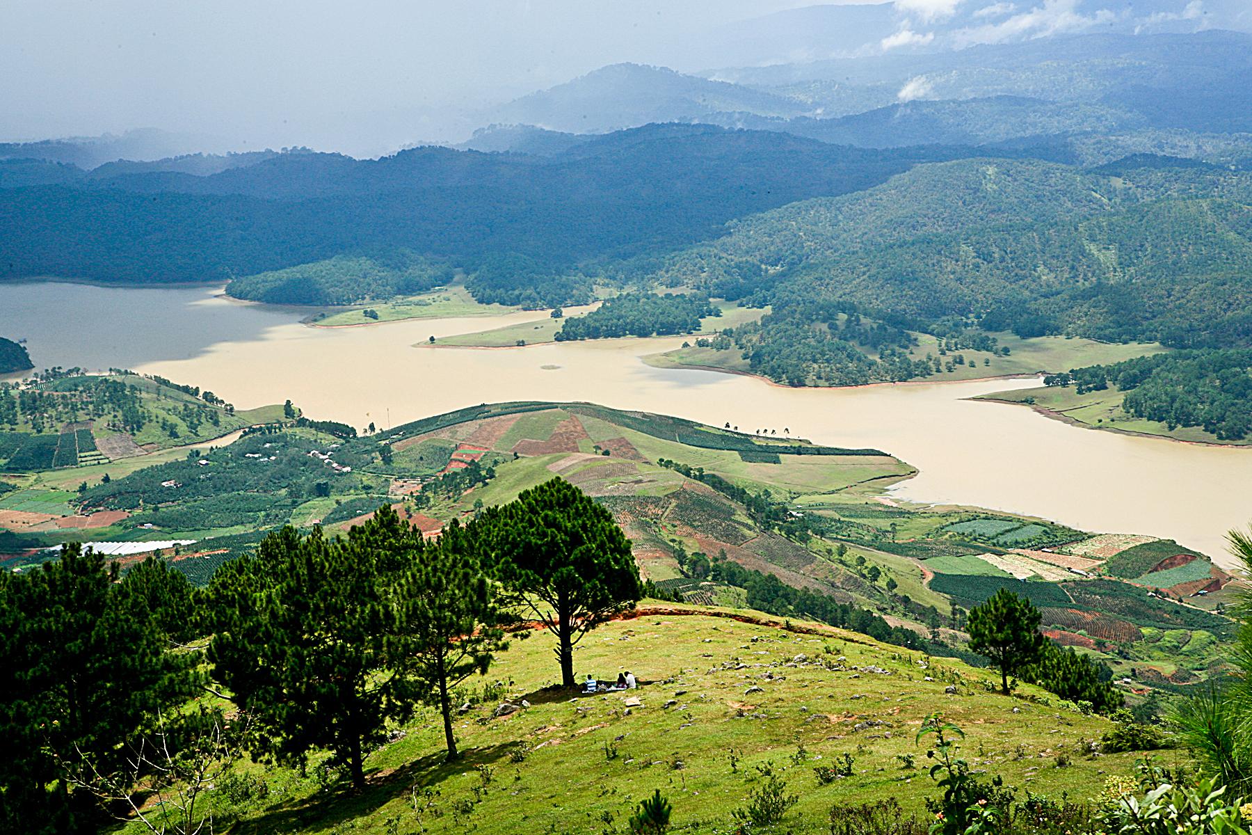 Khu canh tác nông nghiệp khu vực thung lũng phía bắc Đà Lạt
