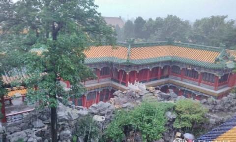 Cả Trung Quốc ngập lụt, vì sao Tử Cấm Thành vẫn luôn khô ráo