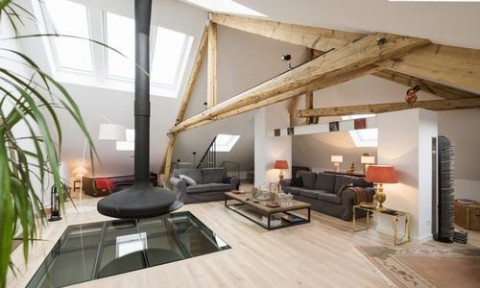 Căn hộ gác mái vừa mộc mạc vừa hiện đại ở Luxembourg