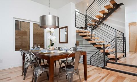 Tại sao cầu thang thường có số bậc lẻ?