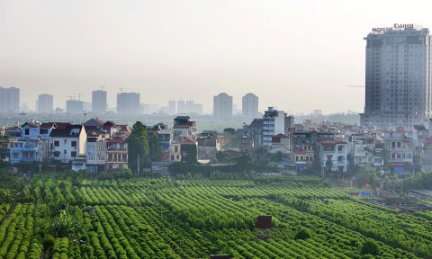 Một số chiều cạnh kinh tế-xã hội của vùng ven đô trong quá trình đô thị hóa
