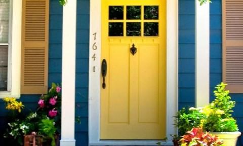 Cửa nhà ấn tượng hơn với 9 màu sơn cực chất