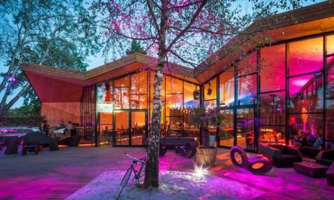 Thiết kế quán bar theo phong cách Origami ở Luxembourg