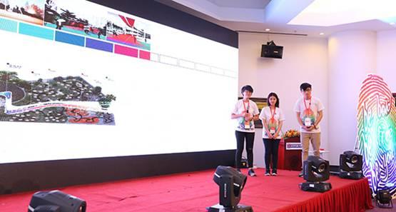 Giải Nhất mảng Kiến trúc thuộc về nhóm M.O3: Chu Đình Hùng, Nguyễn Quỳnh Nghi, Nguyễn Trúc Thi trường Đại học Kiến trúc Thành phố Hồ Chí Minh với ý tưởng Hai thế giới. Một hành trình. Và những sắc màu chữa lành cảm xúc.