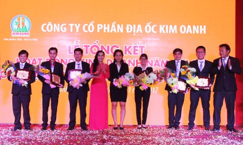 Công ty Kim Oanh nhận Huân chương Lao động hạng Ba
