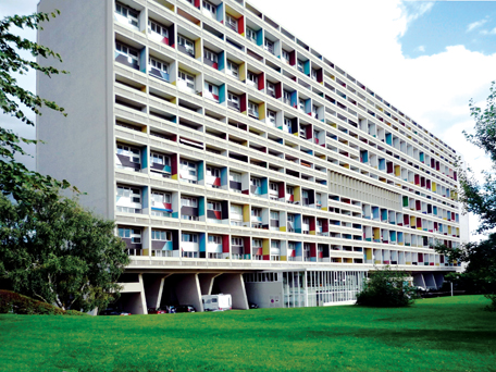 Khu nhà ở cao tầng Cité Radieuse (Marseille, Pháp) do KTS Le Corbusier thiết kế