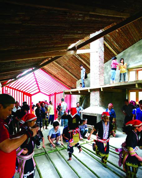 Nhà ở cộng đồng Tả Phìn, Lào Cai, do KTS Hoàng Thúc Hào và Công ty 1+1>2 thực hiện