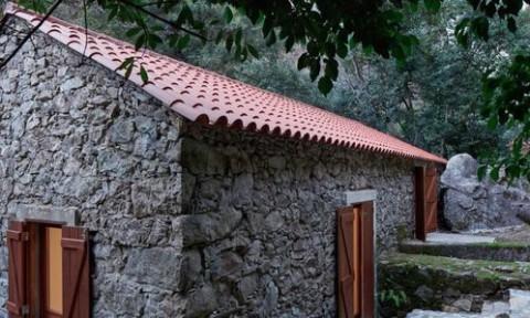 Cấu trúc đương đại được tạo ra từ vật liệu tái chế tại Bồ Đào Nha
