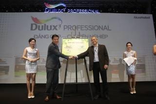 AkzoNobel lần thứ tư liên tiếp nhận giải thưởng Rồng Vàng vì những thành tựu phát triển bền vững tại Việt Nam